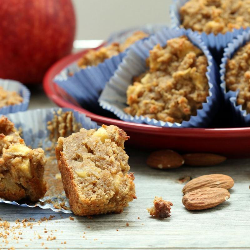 Muffins backen aus Apfelkuchenteig
