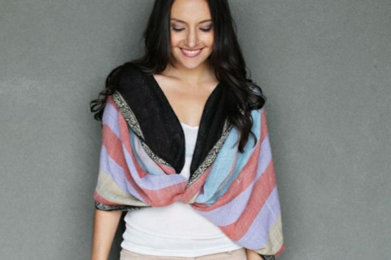 Schal tragen als Weste
