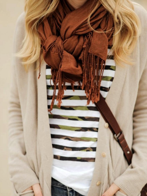 Schal binden Zopf