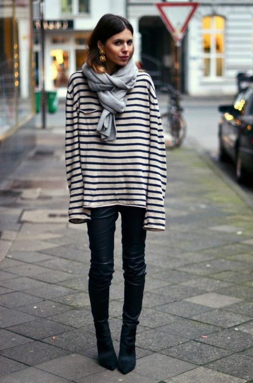 Schal tragen doppelte Schlinge