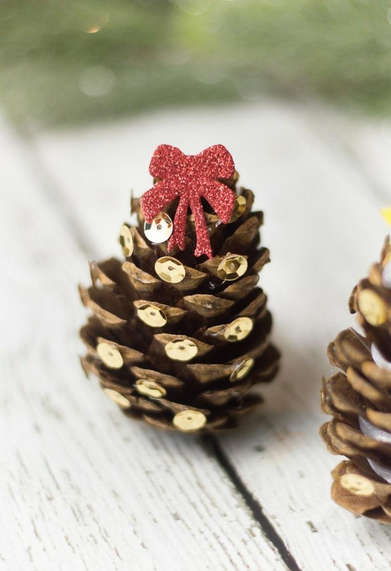 Basteln mit Naturmaterialien Weihnachten Tannenbaum tolle Idee
