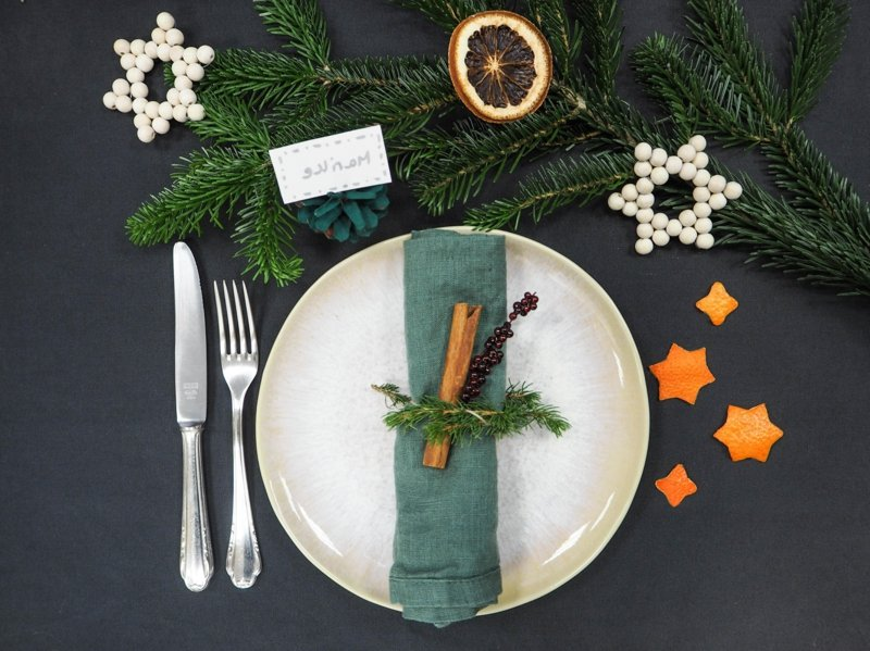 Tisch dekorieren festlich Weihnachten