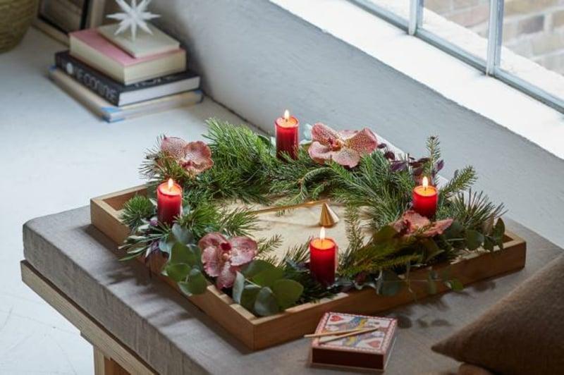 Tischdeko Advent vier Kerzen