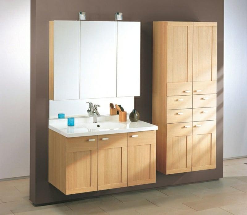 Badezimmer Holzmöbel Spiegelschrank