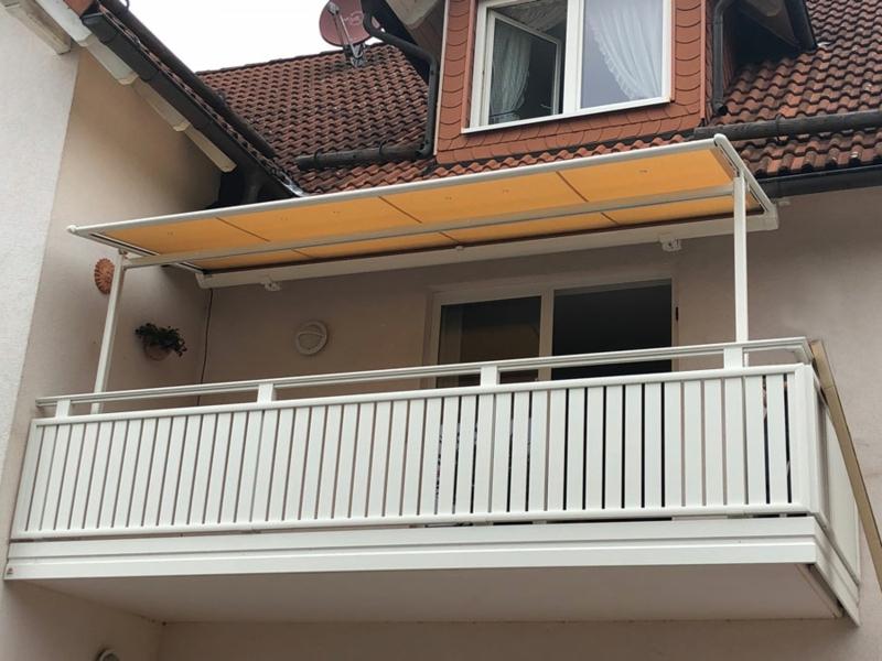 Balkonmarkise groß Sicht- und Sonnenschutz