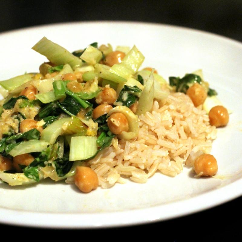 Curry zubereiten mit Senfkohl