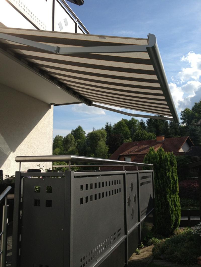 Markise Balkon Stoff Streifenmuster