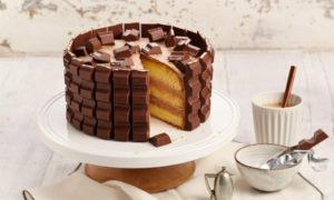 Kinderriegel Torte leckeres Rezept