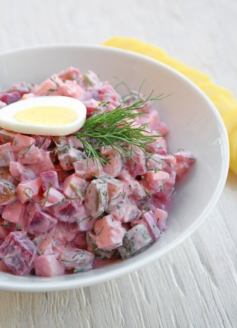 Salat mit Hering und Rote Bete