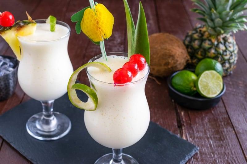 alkoholfreie Cocktails Pina Colada mit Ananassaft