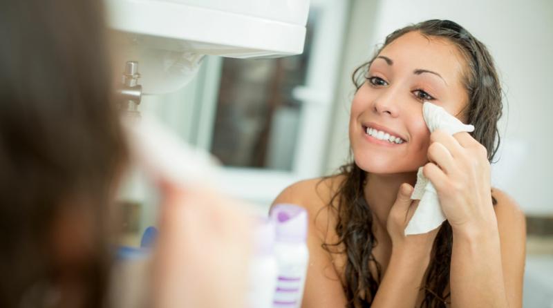 Argan Öl verwenden Gesichtshaut Pflege gegen Akne