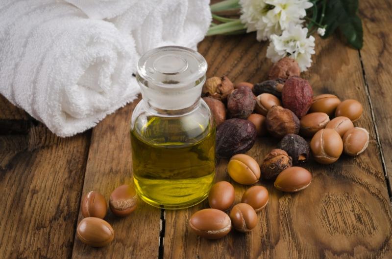 Arganöl Anwendungsgebiete Haarpflege brüchiges Haar