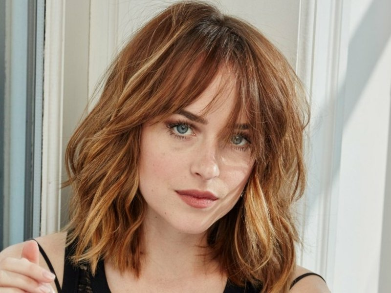 Curtain Bangs Dakota Johnson herrlicher Look