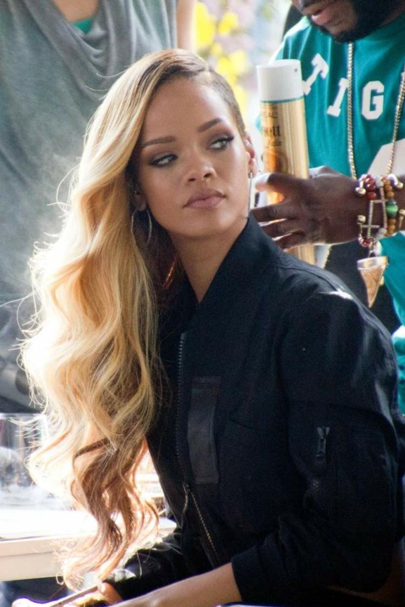 Extensions eindrucksvolle Frisur Rihanna