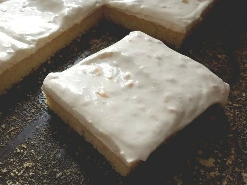 Kuchen mit Fanta Serviervorschlag Schlagsahne