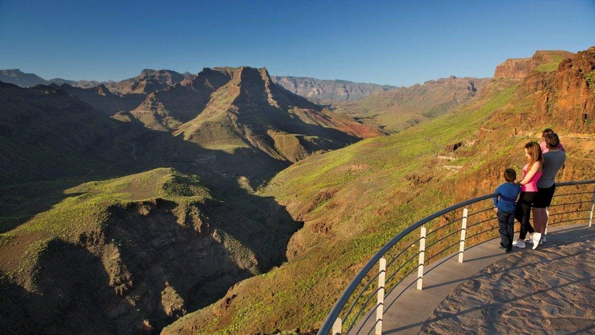 Ferien in Gran Canaria und Alicante: Schöne Natur und Gebirge