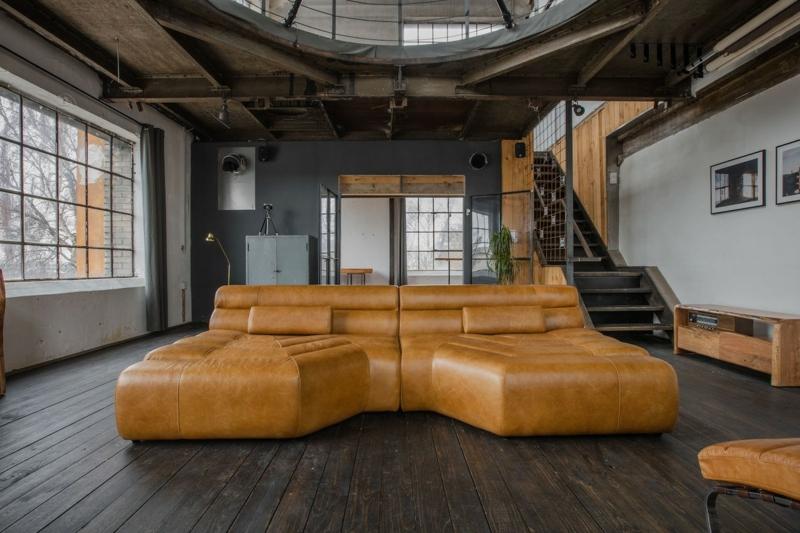 XXL Sofa ungewöhnliches Design Lederpolsterung