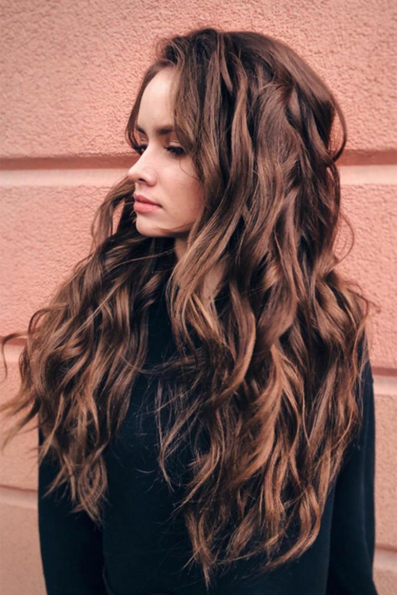 Friseur BaByliss wellige Haare braun