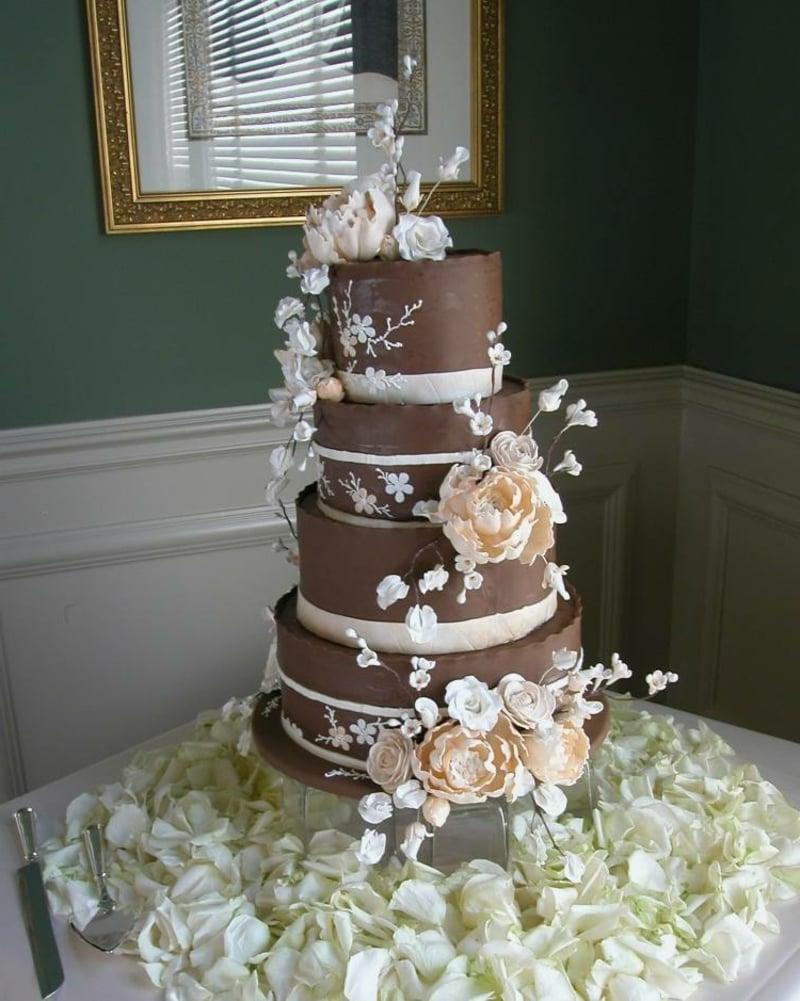 Torte Hochzeit Schokolade mehrstöckig