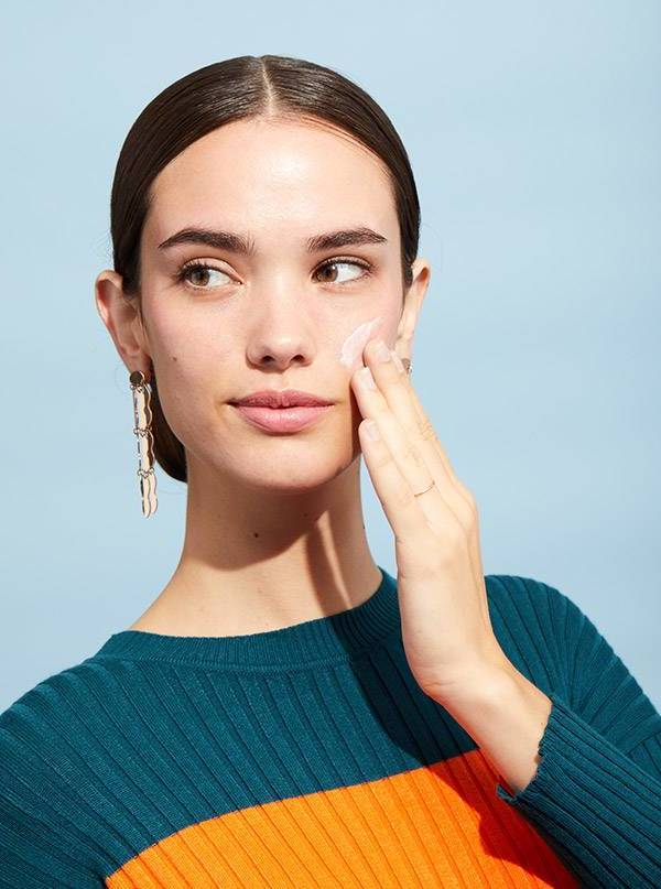 Strahlende Haut: Schritt 1 Moisturizer