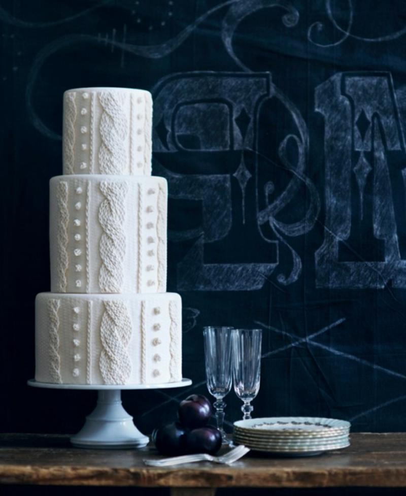 Hochzeitstorte in Weiß elegant Strickmuster