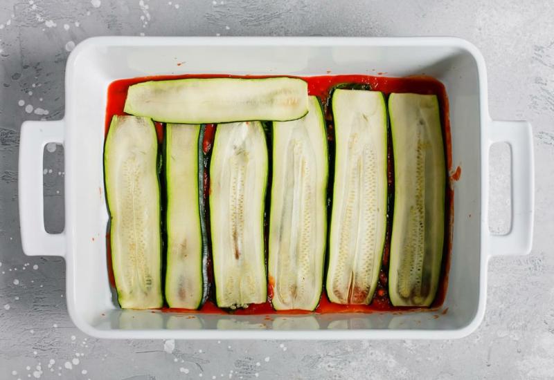 vegetarische Lasagne schichten Auflaufform
