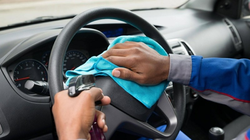 Coronavirus Tipps das Auto desinfizieren