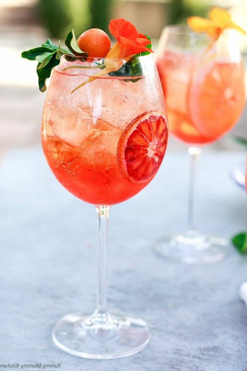 Cocktail mit Eis italienische Rezepte