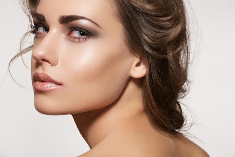Tontouring für glänzende Haut