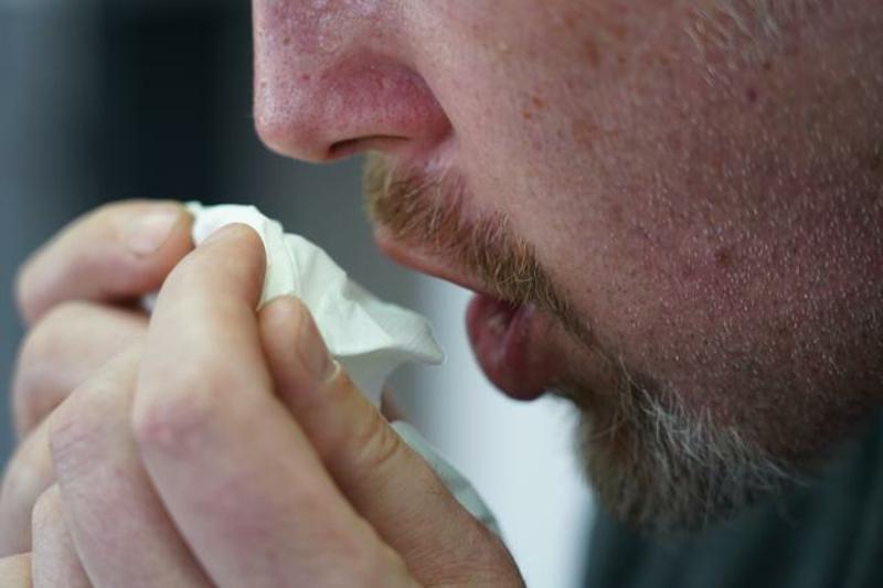 Coronavirus Tipps Einwegtaschentuch verwenden