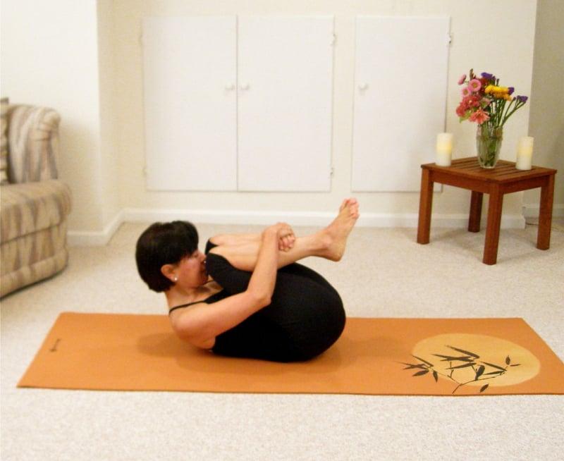 Knie zur Brust entspannende Wirkung