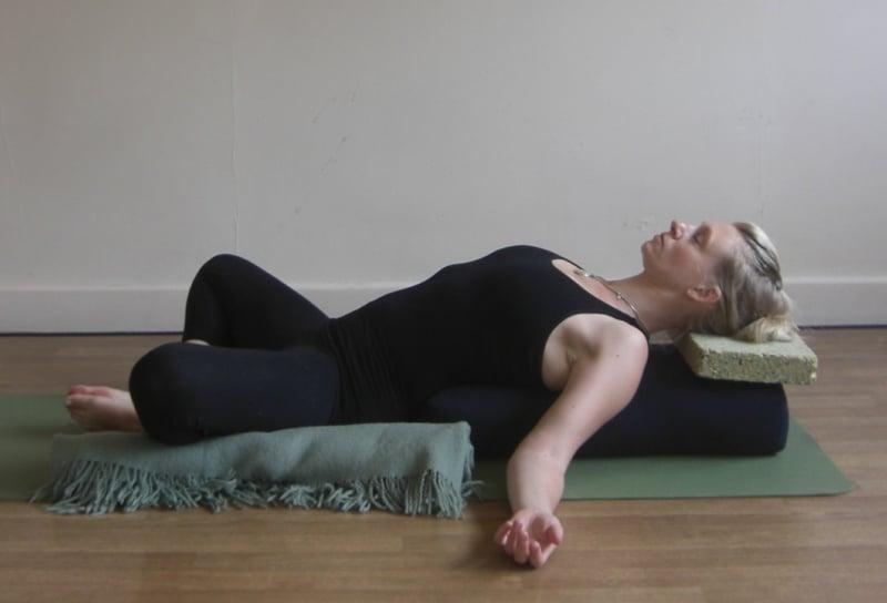 leichte Yoga Übungen vor Schlaf