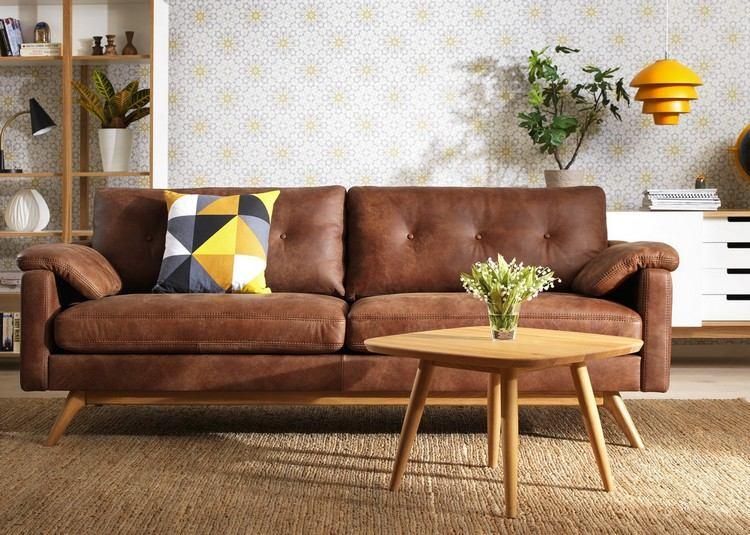 brauner Sofa Lederpolsterung klassisch elegant