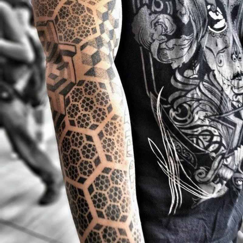 Tattoo Hexagone großflächig Ärmel