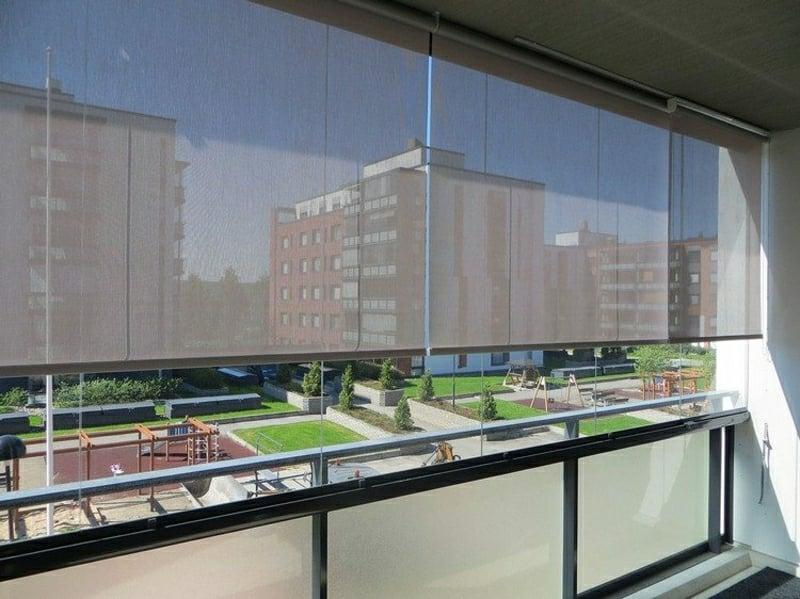 Balkon Windschutz halbtransparent