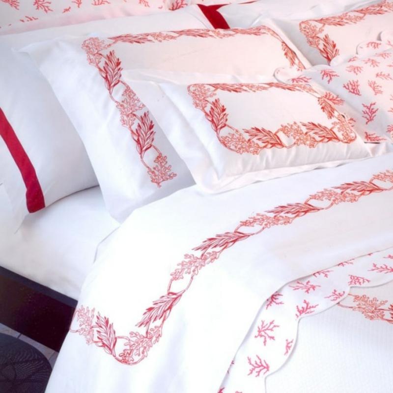 hochwertge Bettwäsche Muster rot