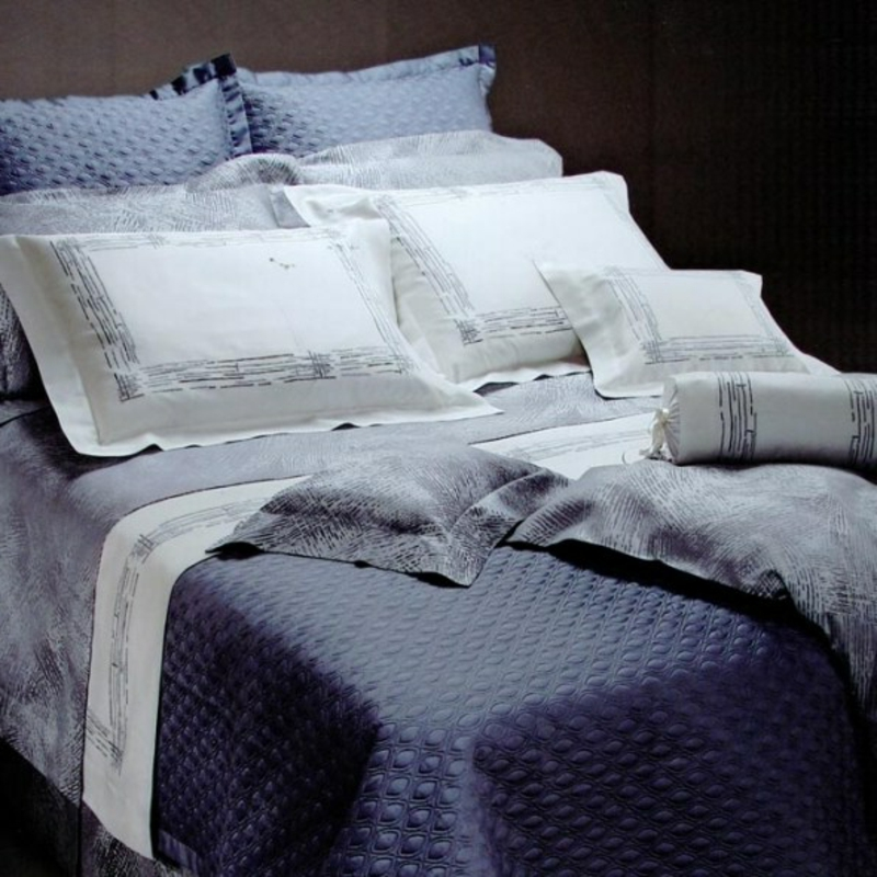 Bettwäsche auswählen luxuriös blau weiß