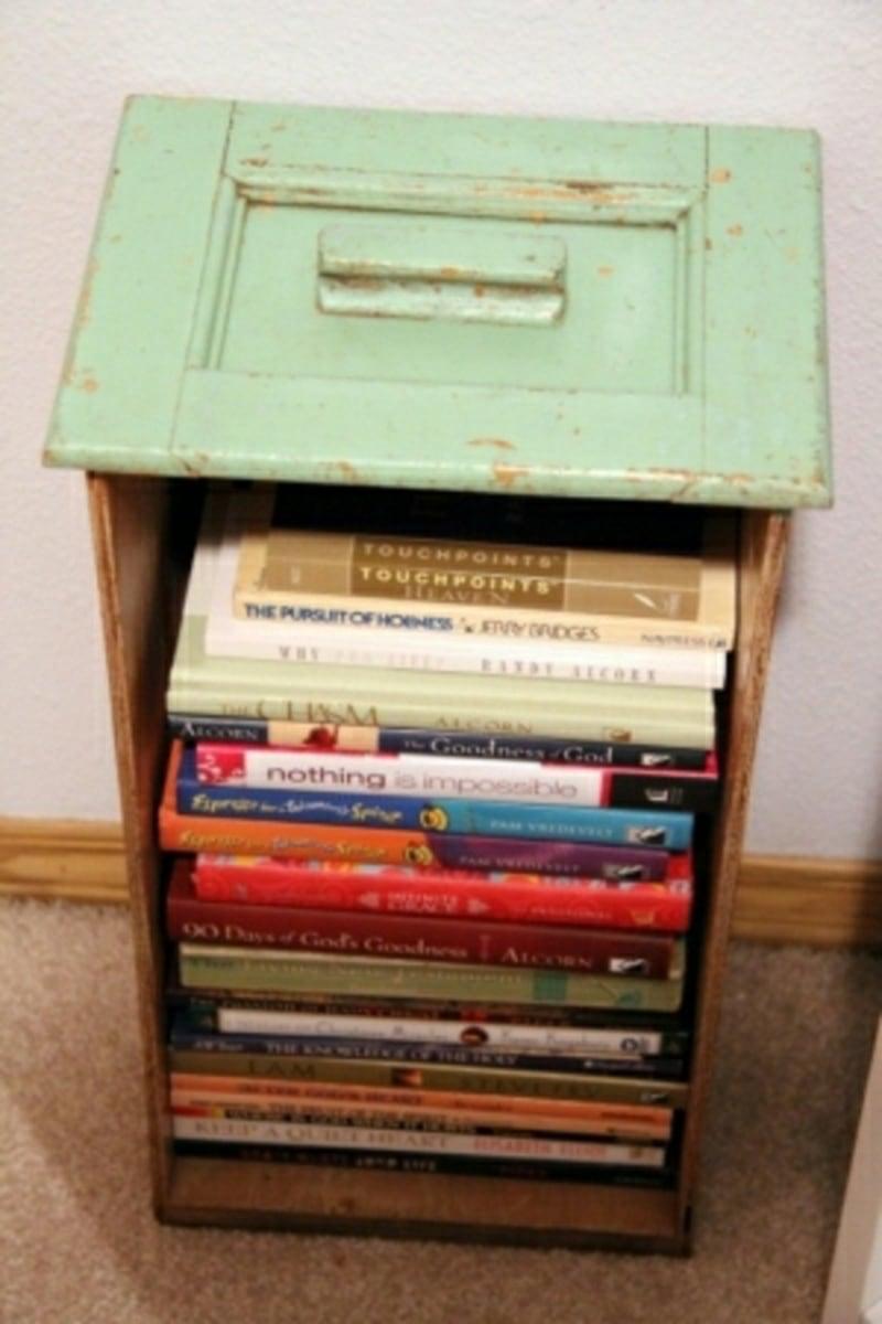 Schublade als Bücherregal nutzen