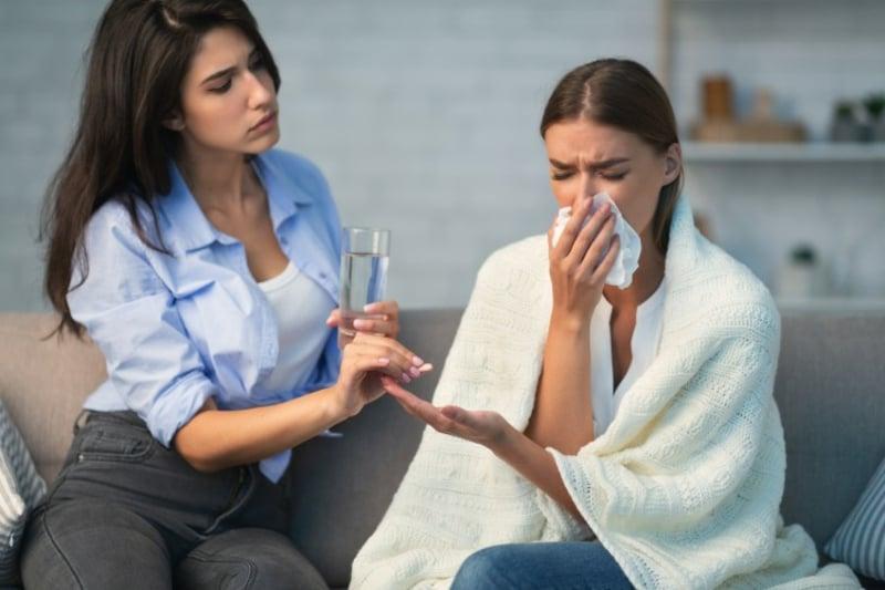 Symptome mildern Covid 19 Medikamente