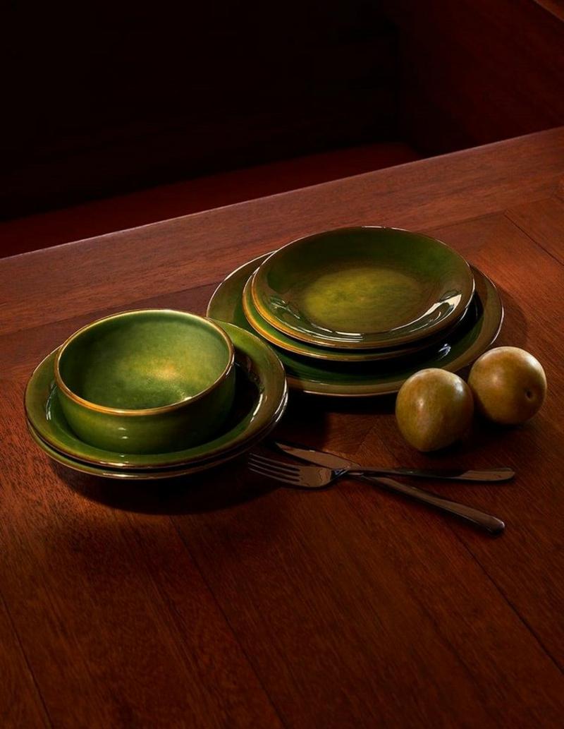Geschirr grün stilvoll