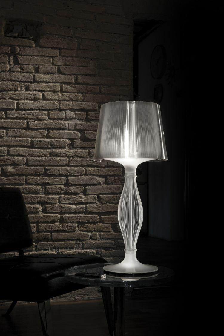 Stehlampe aus Glas Beistelltisch wirklich modern