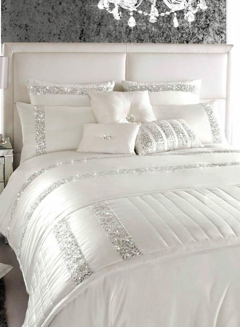 Bettwäsche weiß mit Pailetten herrlicher Look