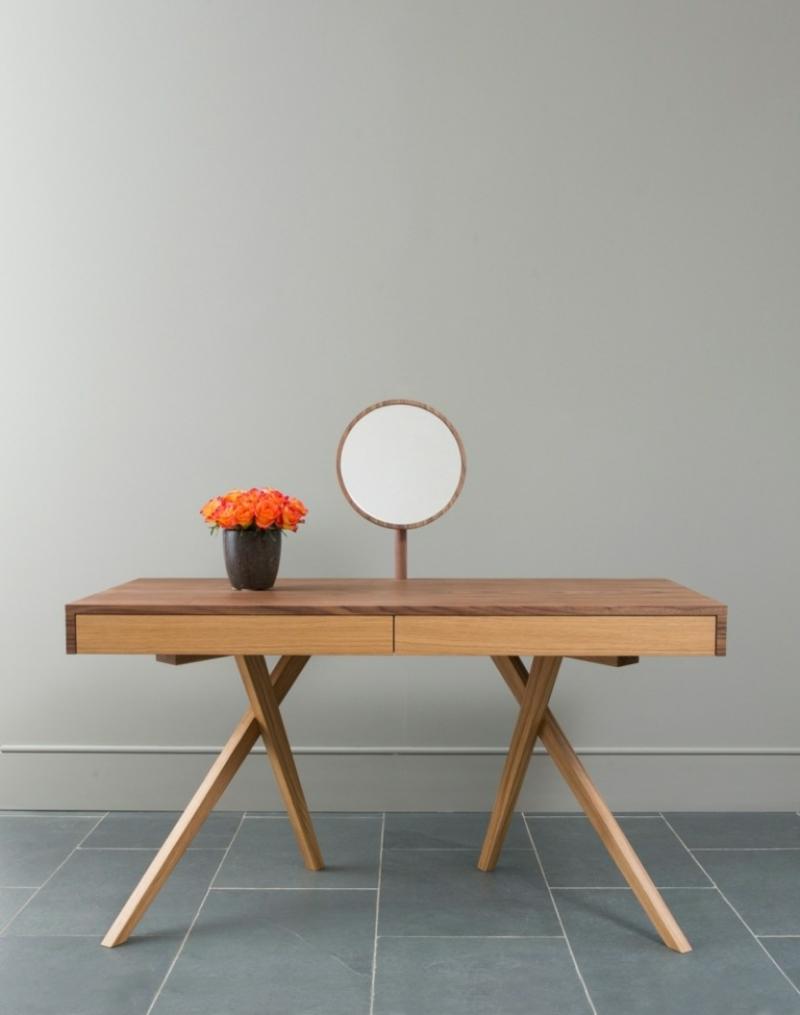 Tisch Spiegel minimalistisch