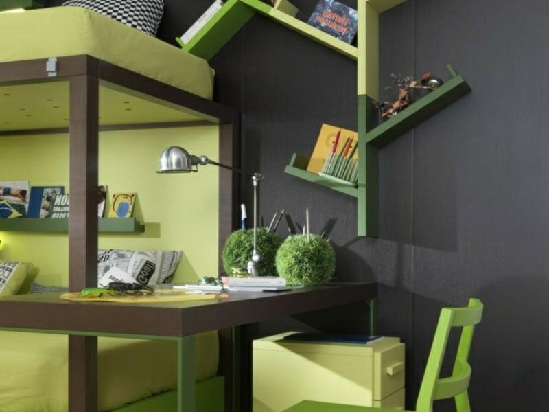 Kinderschreibtisch grün Tischlampe