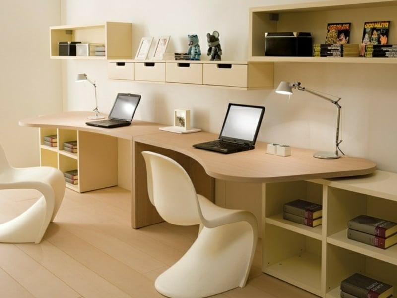 Schreibtische zwei Kinder moderne Stühle