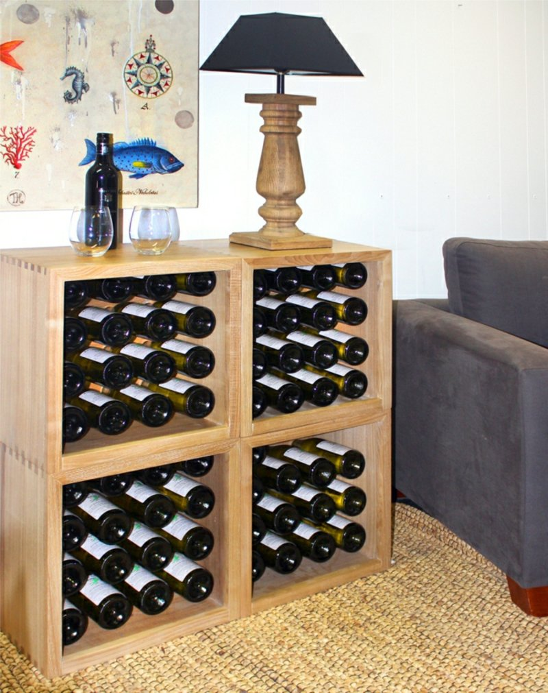 Weinregal mehrere Flaschen lagern
