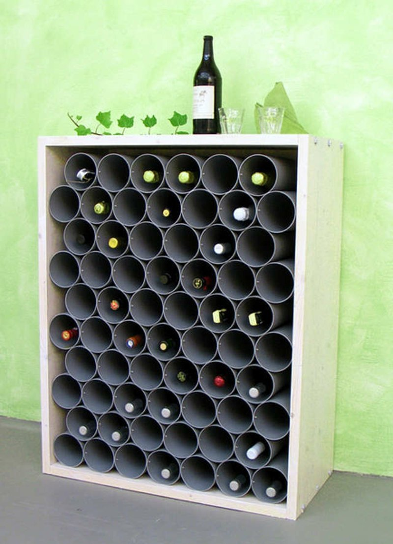Weinflaschen lagern kreative Ideen Metallröhre
