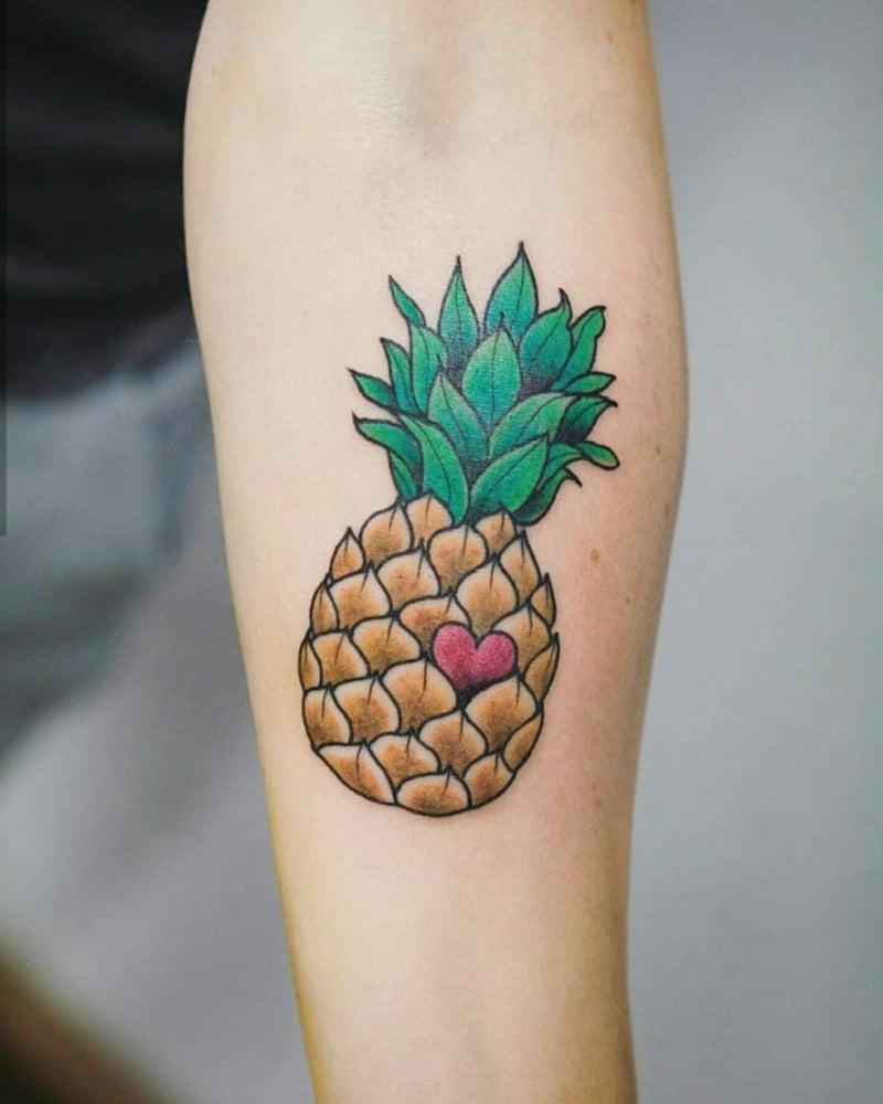 bunte Ananas mit Herz toller Look