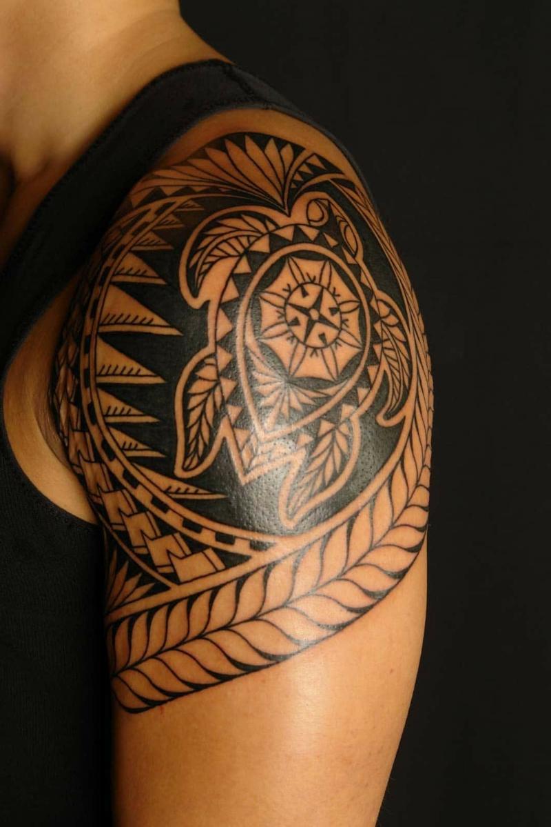 Turtle Tattoo polynesian Schulter herrlicher Look
