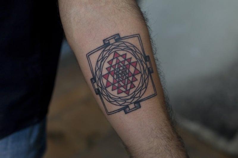 Tattoomotive buddhistisch Sri Yantra